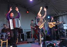 Alejandro & the Magic Tombolinos at the HOME Festival (25/6/11)